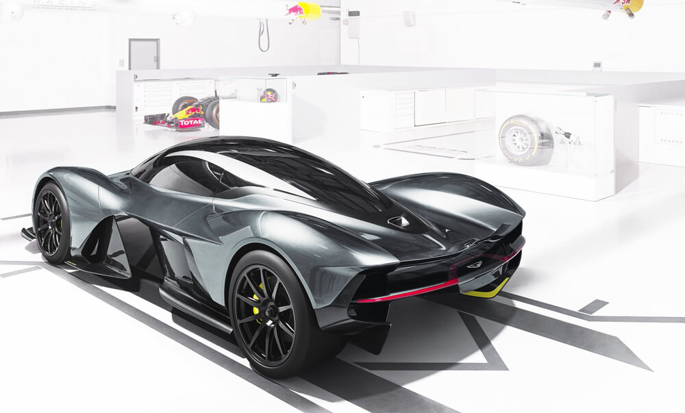 aston-martin-red-bull-racing-reveal-rb-001-hypercar-1